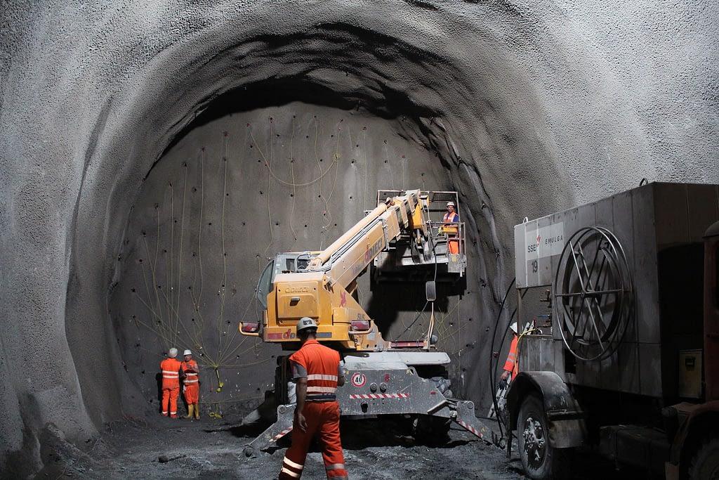 tunnel 2316267 1920 1024x683 - Mobile sensors