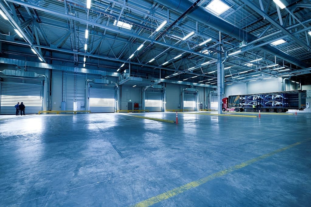 industrial hall toore warehouse 1630736 - USE CASES